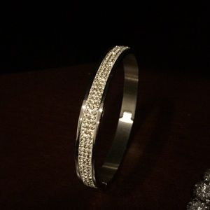 Stunning stainless steel and crystal bracelet